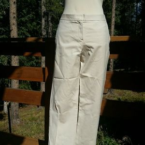 Theory tan/cream crop/ankle pants size 10